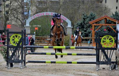 une élève et le «poney sport»
